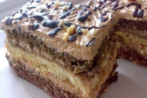 Торт «Шарлота» со вкусом кофе