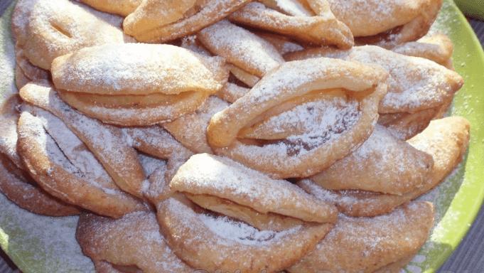 Вкусное творожное печенье с яблоками и сгущенкой
