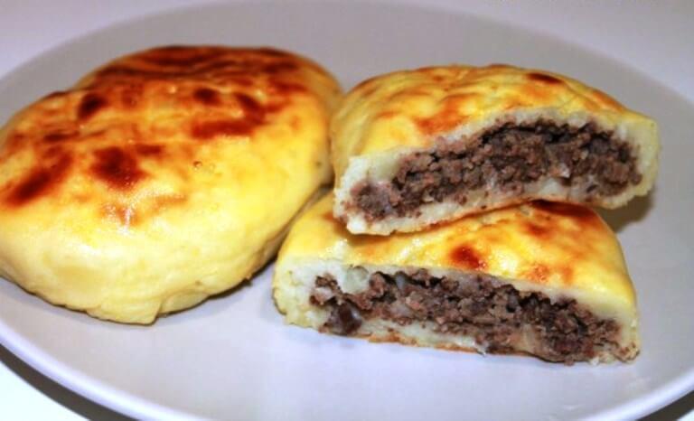 Зразы из картофеля с печеночной начинкой