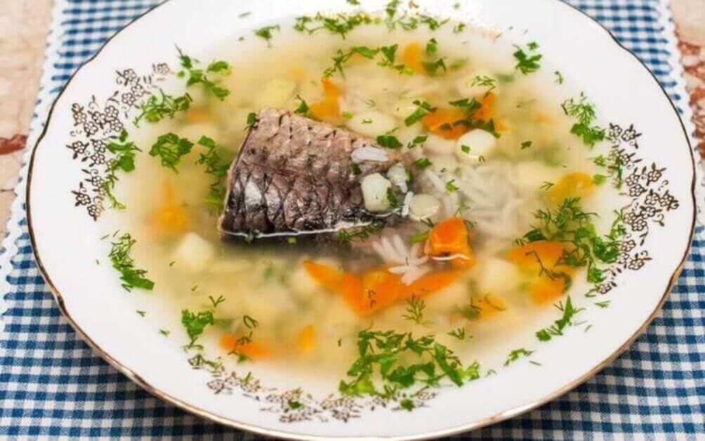 Аппетитный рыбный суп с рисом