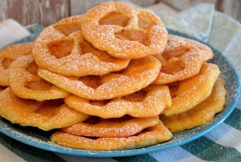 Ароматное печенье с яблоками и корицей