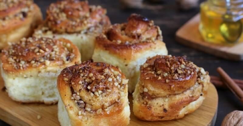 Ароматные булочки с медом