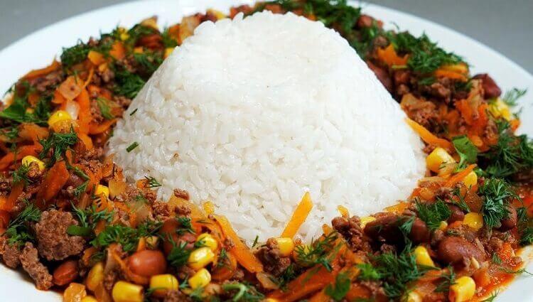 Что приготовить из риса: простой обед