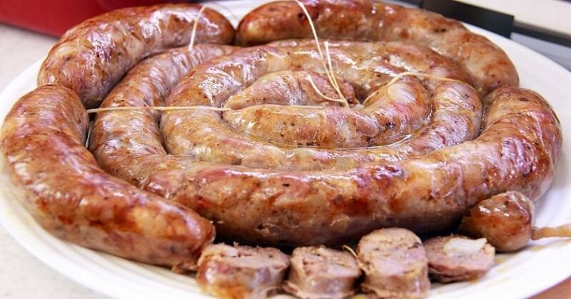 Домашние колбаски в кишке