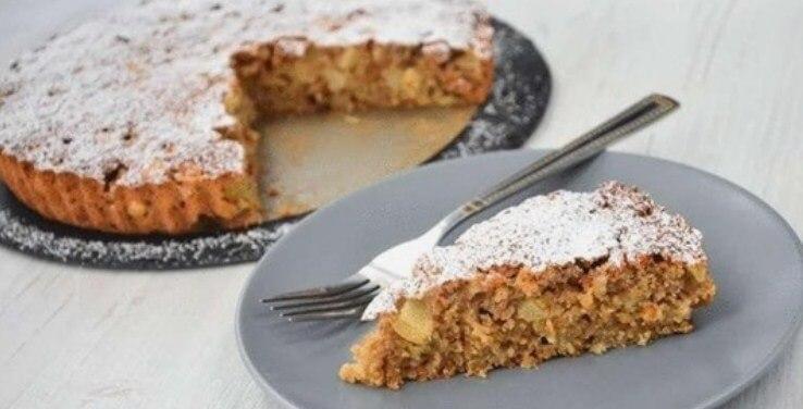 Изысканный пирог из яблок и овсянки