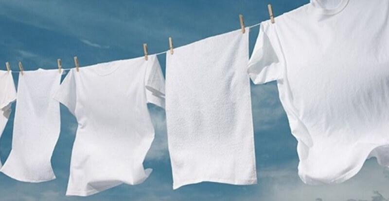 Как придать белым вещам первозданно белоснежный цвет