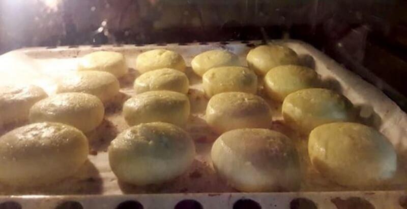 Как приготовить пышные сырники