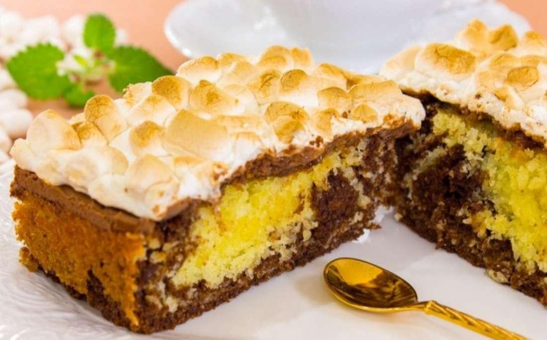Кокосово-шоколадный кекс с цитрусовым вкусом и маршмеллоу