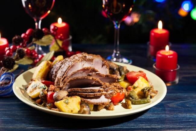 Мясные блюда на Новый год 2020: ТОП-5 праздничных рецептов