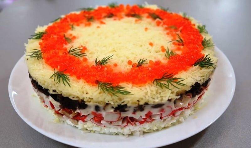 Новинка! Вкусный салат с крабовыми палочками и грибами