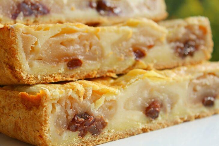 Пирог с яблоками, нежный, ароматный как пирожное