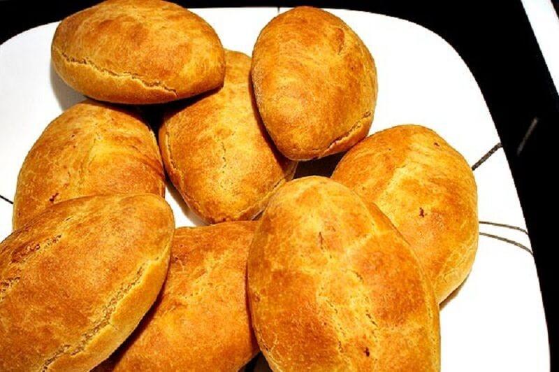 Пирожки из кефирного теста в духовке