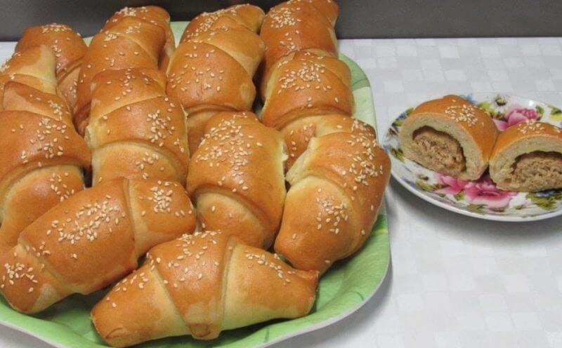 Пирожки с мясом  на дрожжевом тесте