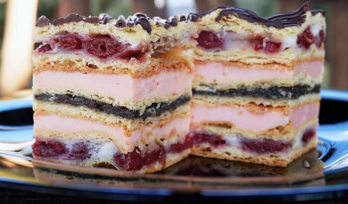 Торт «Сакура» с нежным кремом