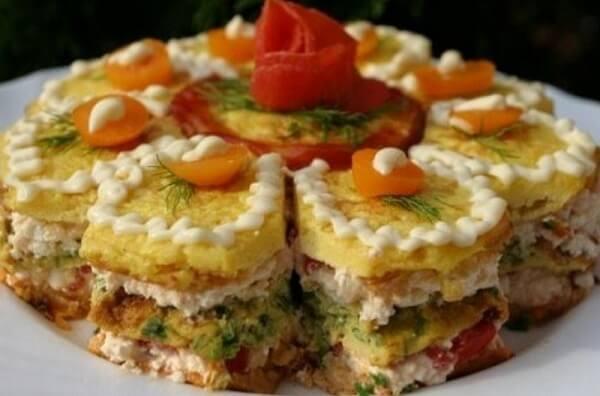 Порционный новогодний закусочный торт с сыром