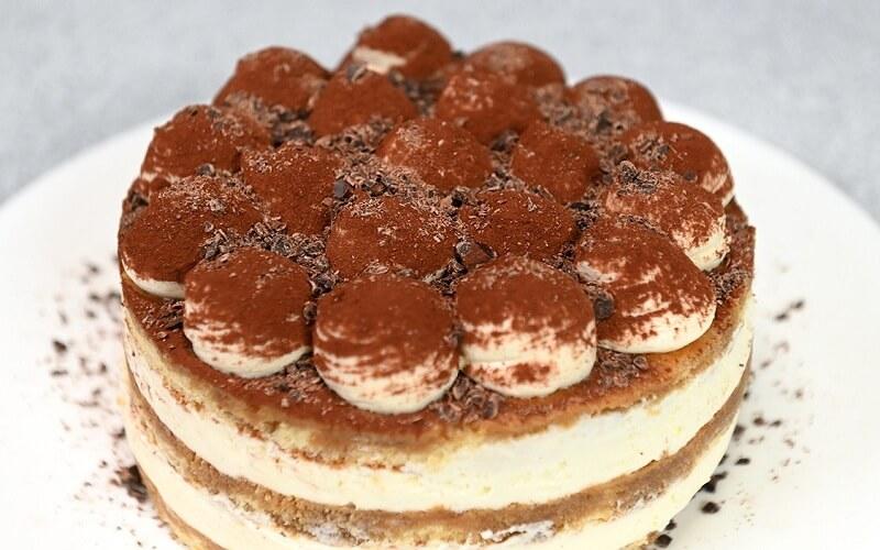 Потрясающий рецепт нежного шоколадно-кофейного торта «Тирамису»