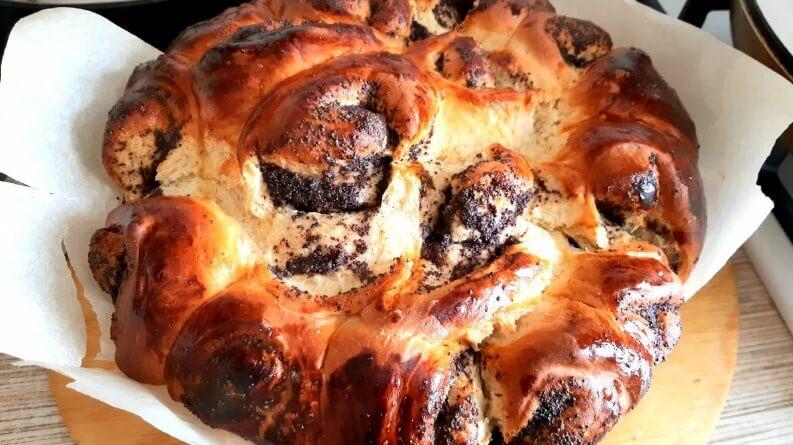 Простой рецепт сдобного пирога с маком