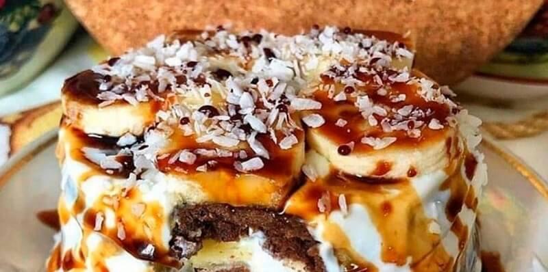 Простой рецепт шоколадно-бананового торта в микроволновке