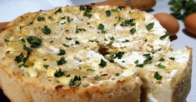Простой рецепт вкусного открытого пирога с капустой