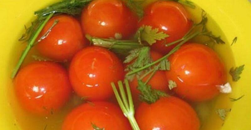 Рецепт малосольных помидоров