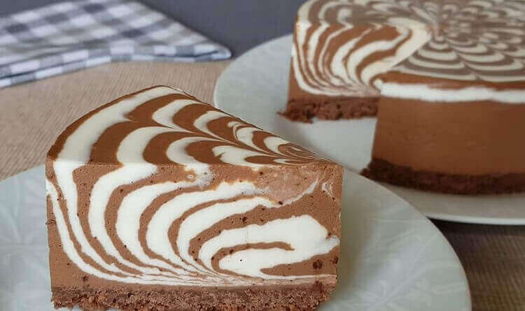 Рецепт сметанного торта «Зебра» без выпечки
