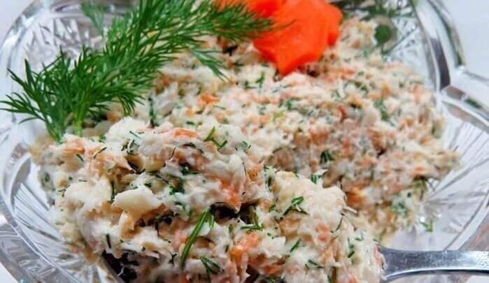 Салат «Раковые шейки» из минтая