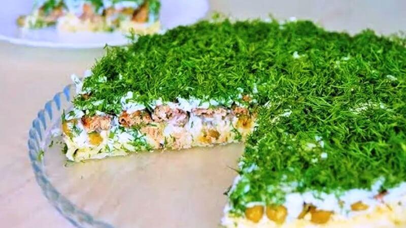Слоеный салат «Необыкновенный»