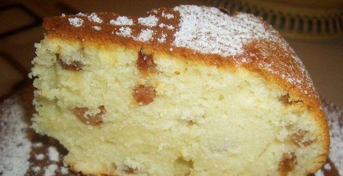 Сметанный пирог с орехами к чаю