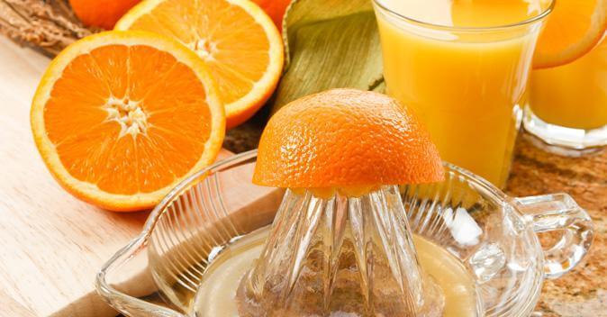 Свежевыжатый апельсиновый сок: вред или польза