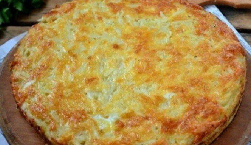 Сытная запеканка из картофеля и твёрдого сыра