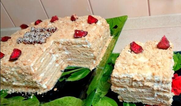 Торт без выпечки «Сметанник»