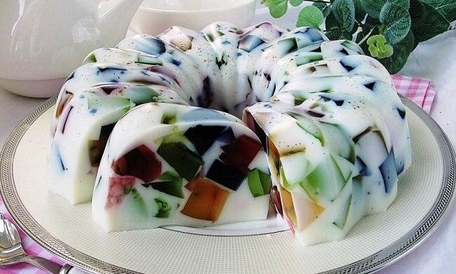 Торт «Битое стекло» на сметанном желе