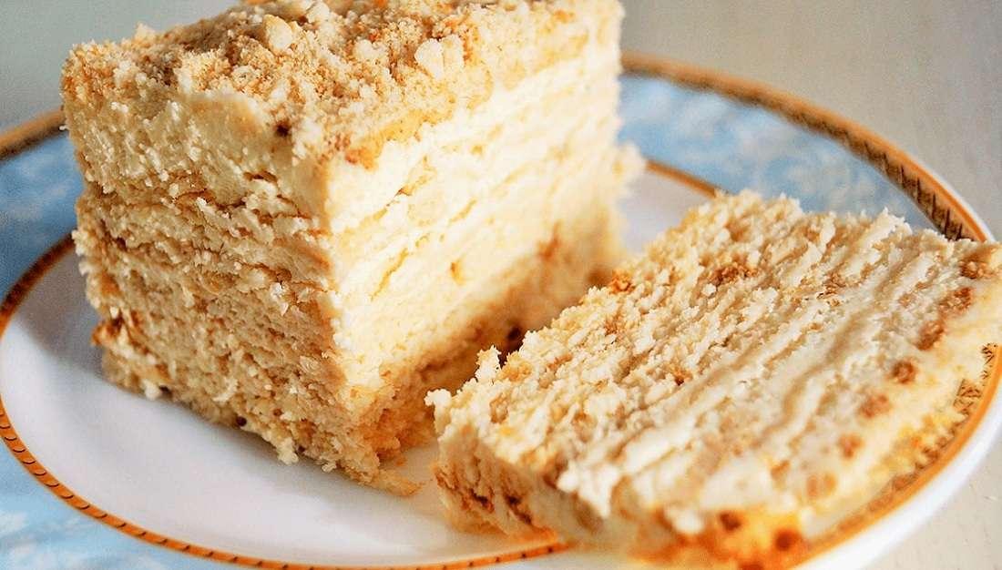 Торт из ванильного печенья с заварным кремом