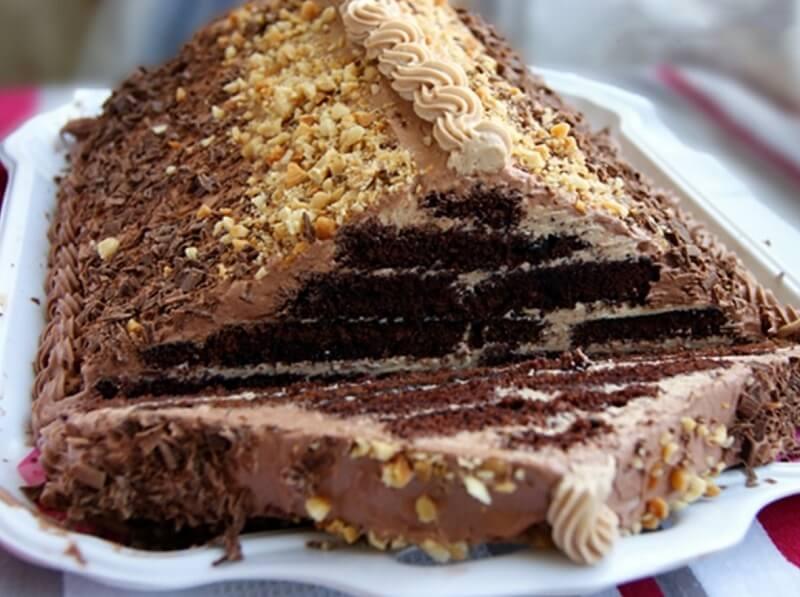 Торт «Шоколадная пирамида»