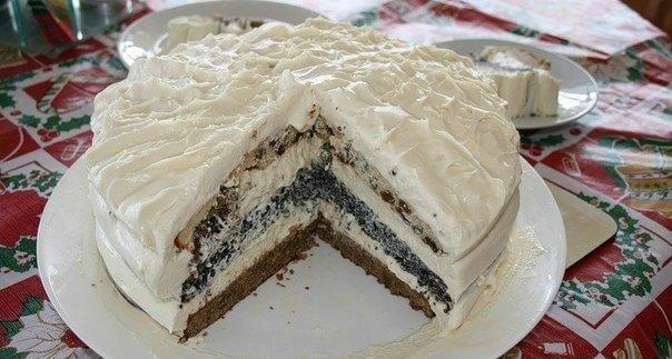 Торт «Три Встречи» с маком, изюмом, орехами