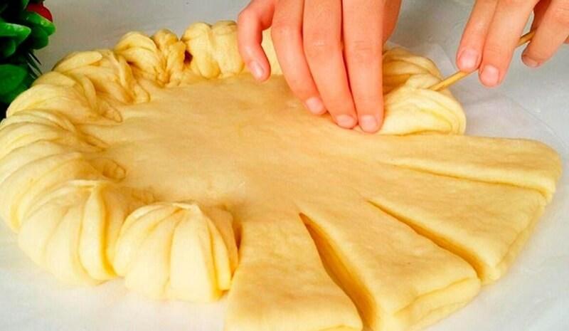 Вкуснейший пирог со сгущёнкой и орехами со вкусом сникерса
