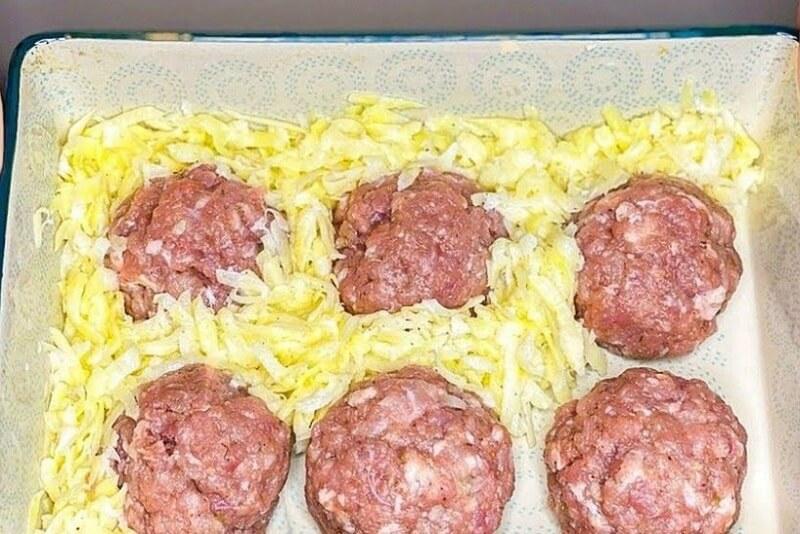 Вкуснейший ужин из котлет и картофеля