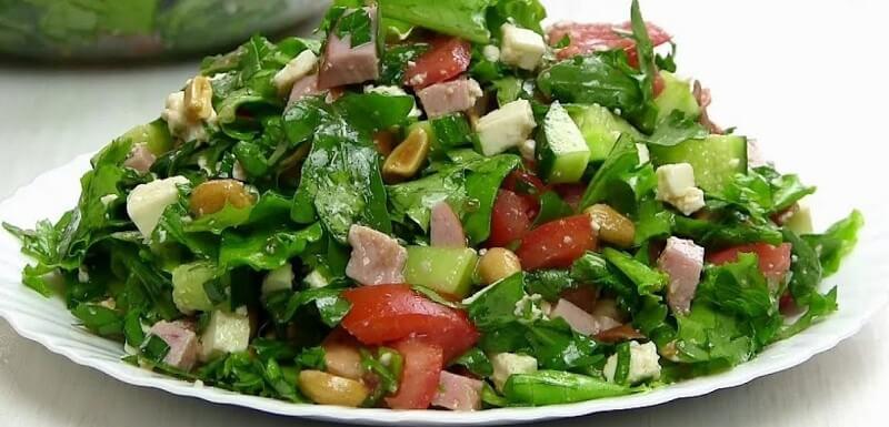 Замечательный рецепт сытного и полезного салата