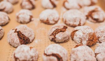 Домашнее печенье амаретти с шоколадом и орехами