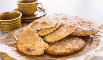 Испанские постные лепешки – идеальная закуска!