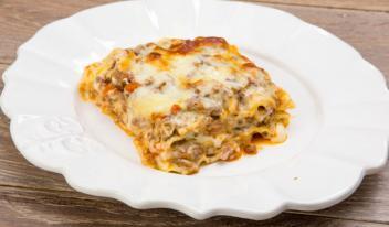 Итальянская лазанья с соусом бешамель