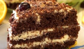 Изумительный шоколадный торт со сметанным кремом