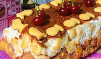 Изумительный торт без выпечки из печенья, творога и йогурта