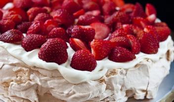 Ягодный пирог на скорую руку