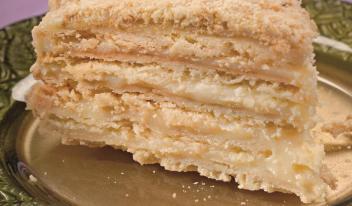 Как быстро приготовить вкусный торт «Наполеон»