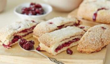 Как быстро приготовить волшебный вишневый пирог без дрожжей