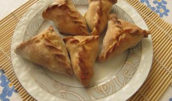 Как приготовить в домашних условиях восточные пирожки «Пенджабские самосы»