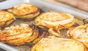 Как приготовить вкусную запеченную капусту в духовке