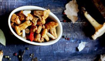 Лисички на зиму: рецепты в копилку!