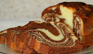 Мраморный кекс с шоколадом и сгущенкой